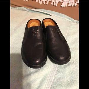 Clark's ladies shoe